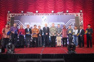 923 Award