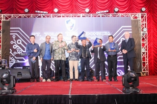 925 Award